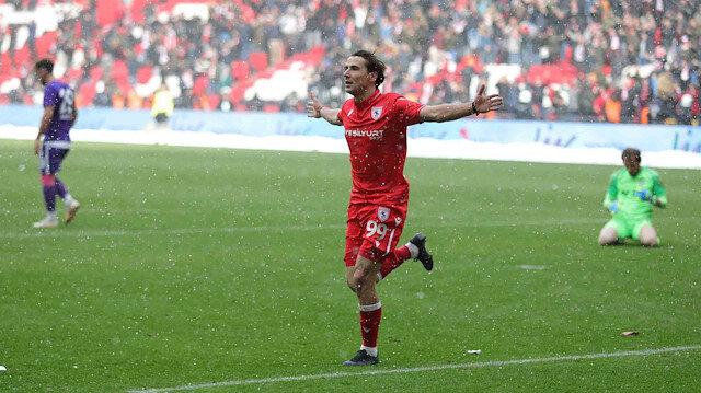 Türkiye'nin en golcüsü Samsunsporlu Bahattin Köse