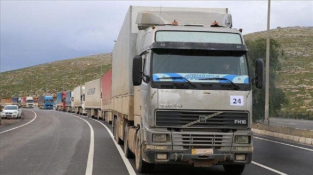 36 شاحنة مساعدات أممية تعبر من تركيا إلى إدلب