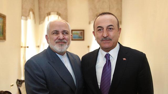 Turkish, Iranian FMs discuss COVID-19 over phone