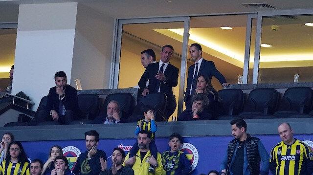 Fenerbahçe taraftarından Ali Koç'a tepki: