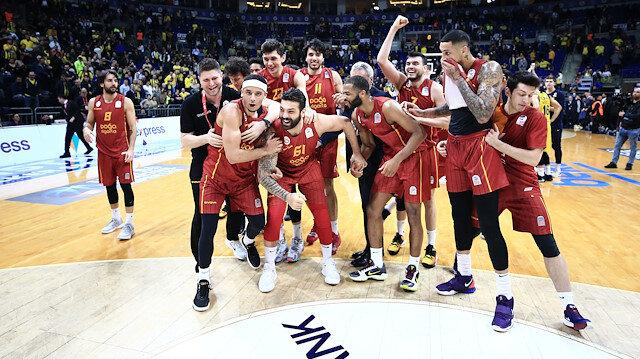 Galatasaray basketbol derbisini de kazandı