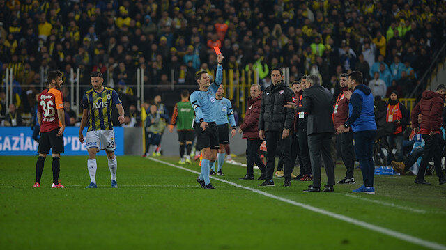 Derbiyi kaybeden Fenerbahçe'ye PFDK'dan kötü haber