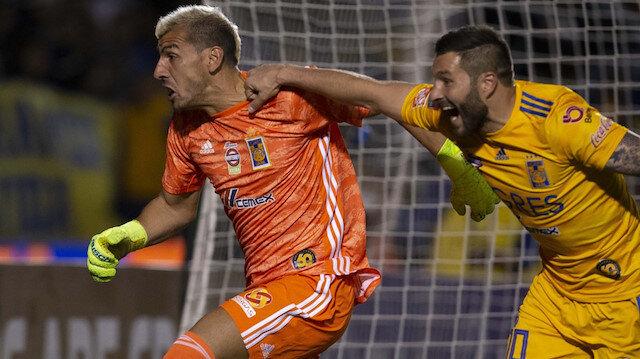 Şampiyonlar Ligi'nde kalecinin attığı gol çeyrek finale taşıdı