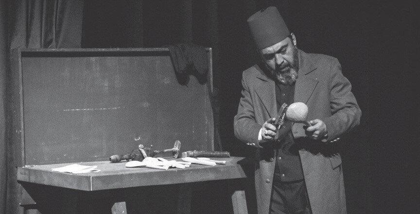 """""""Usta"""" isimli tiyatro oyunuyla Türkiye'yi dolaşacak."""
