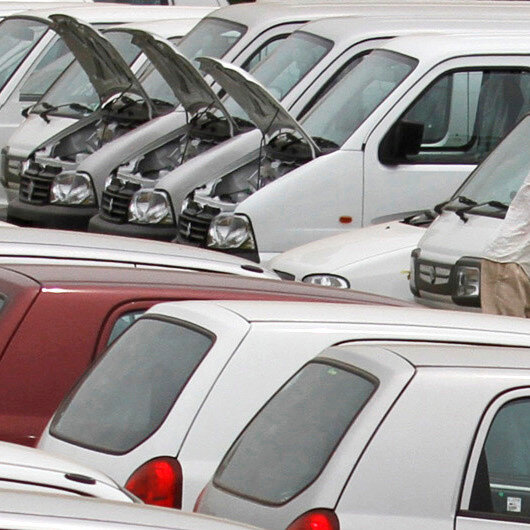 Automakers halt production in India due to coronavirus