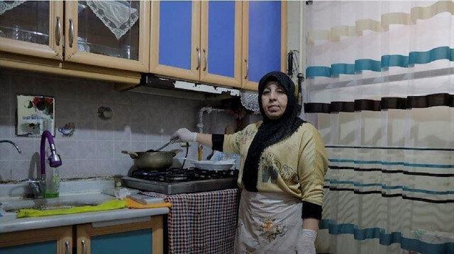 بمطعمها المنزلي.. سورية تحقق نجاحا في إسطنبول