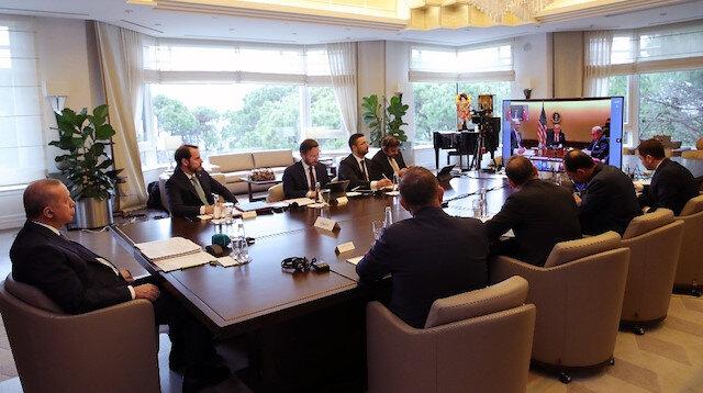 أردوغان يشارك في قمة العشرين عبر دائرة تلفزيونية