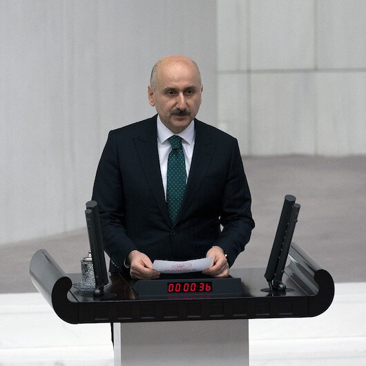 Turkey's new transport minister takes oath in parliament
