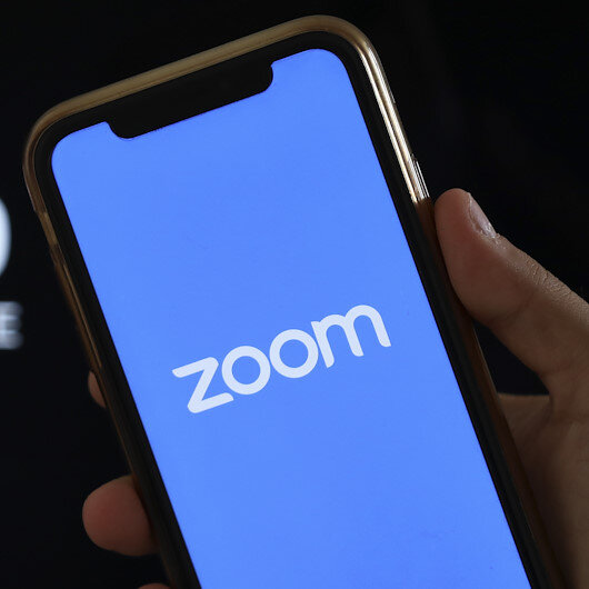 Zoom pulls in more than 200 mln daily video users during worldwide lockdowns