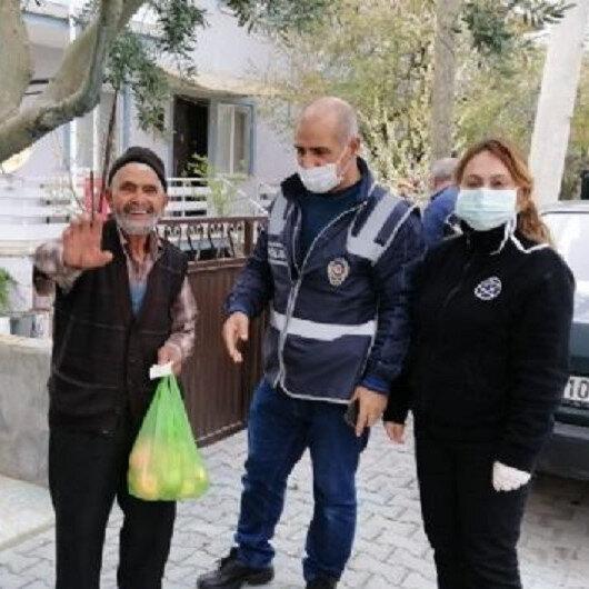 """كورونا.. """"مجموعات الوفاء"""" بتركيا تلبي احتياجات مليون مسن"""