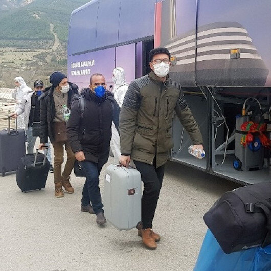 Karabük'te yurtlara yerleştirilen yabancılar memleketlerine gönderiliyor