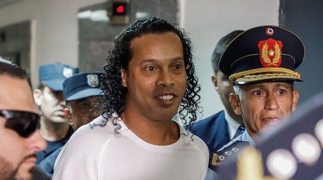 Ronaldinho'ya<br>ev hapsi