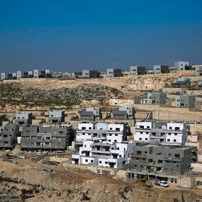 """Netanyahu, seçim kampanyası sırasında, Batı Şeria'daki yasa dışı Yahudi yerleşim birimlerini """"ilhak"""" sözü vermişti."""