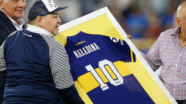 Maradona'nın forması açık artırmada satıldı