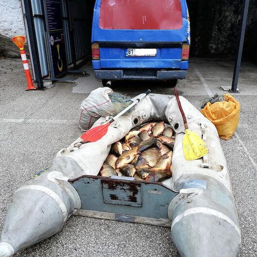Gölette balık tutan 3 kişiye 32 bin 683 TL ceza