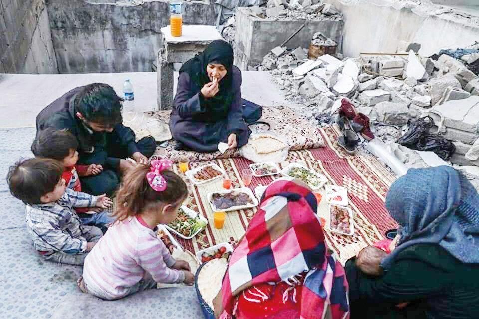 İdlibliler ramazan ayını zor şartlarda geçiriyor.