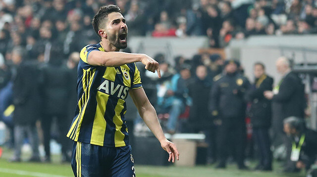 Hasan Ali, sarı-lacivertli formayla toplamda çıktığı 238 maçta 8 gol atarken, 27 de asist kaydetti.
