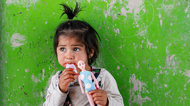 File photo: An internally displaced Afghan girl plays outside her shelter, amid the spread of the coronavirus disease (COVID-19), in Kabul, Afghanistan May 7, 2020