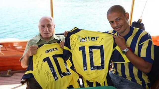 Alex'ten Lefter'li bayram mesajı