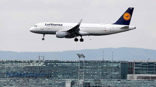 Germany's struggling carrier Lufthansa agrees to $10 billion state rescue package
