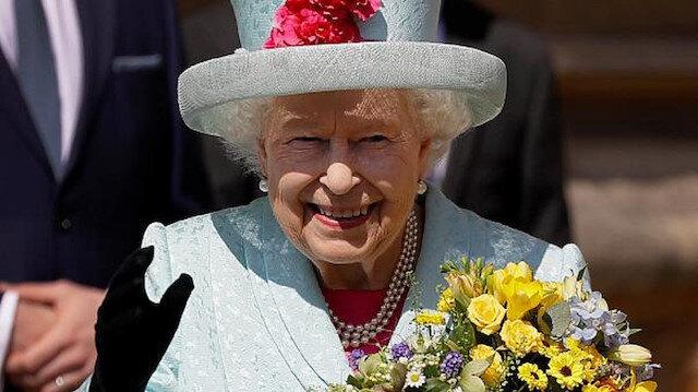 عمرها 94 عاما...خبراء يكشفون سر جمال بشرة الملكة إليزابيث