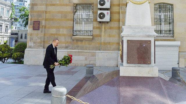 Azerbaijan marks 102nd Republic Day