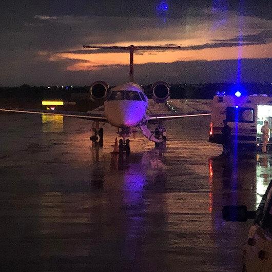 Bir ambulans uçak operasyonu da Mısır'a yapıldı: Anneleri koronavirüse yakalanan Türk aile Tekirdağ'a getirildi