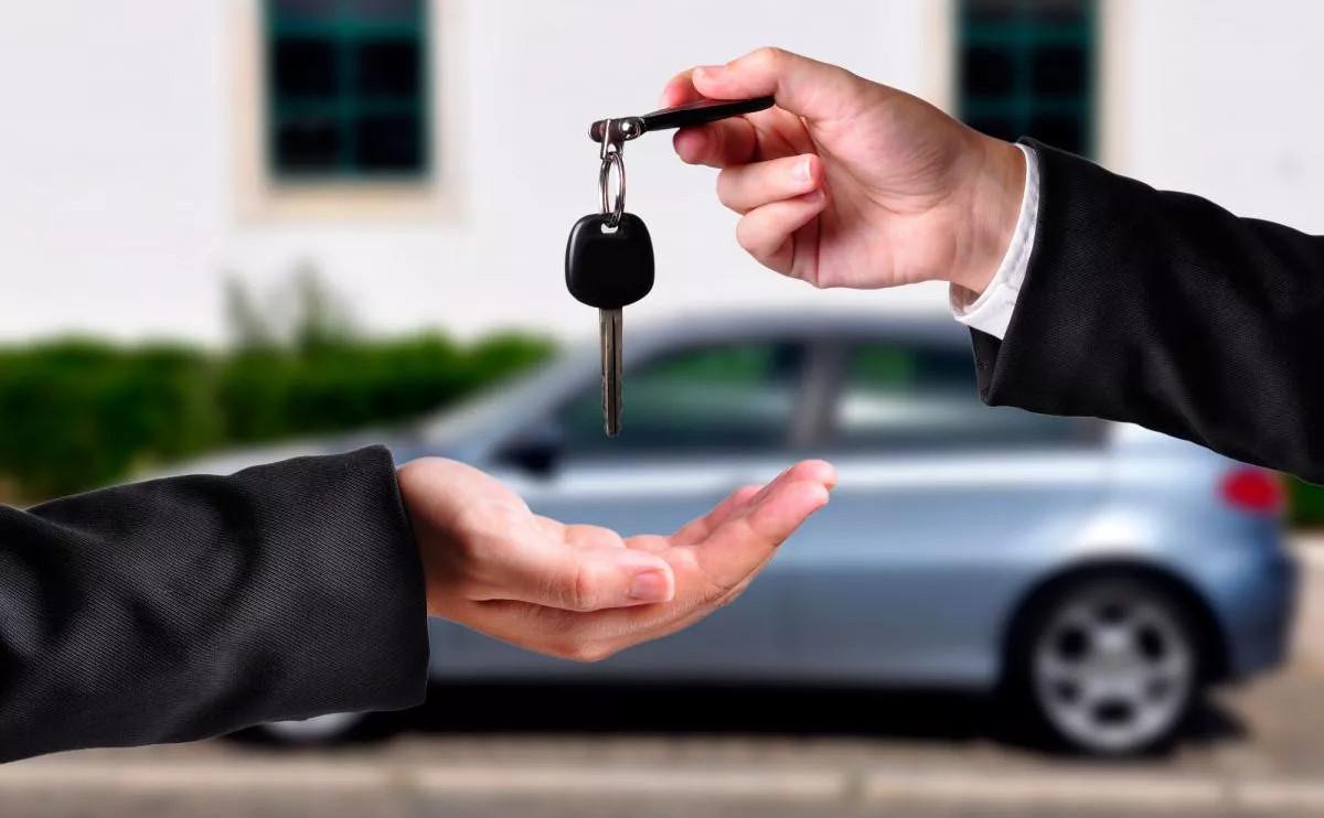 Kayıt dışı ikinci el araç satışından yıllık vergi kaybının 3 milyar TL olduğu belirtiliyor.