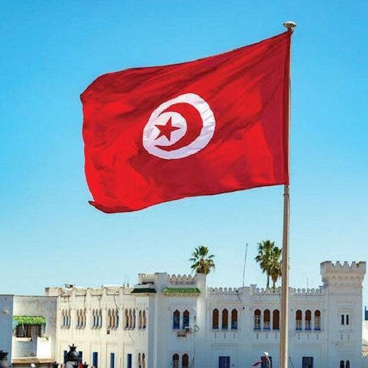 خلال أسبوع.. تونس تقترض 452 مليون دولار من مؤسسات دولية