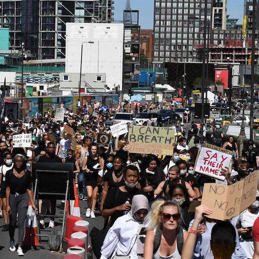 احتجاجا على مقتل فلويد.. آلاف يتظاهرون بألمانيا وبريطانيا