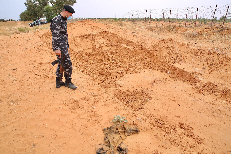 Terhune kentinde tespit edilen bir toplu mezar.