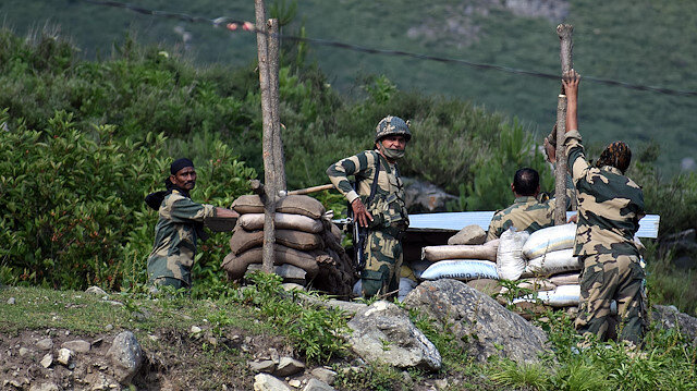 Indian soldiers killed in border clash with China