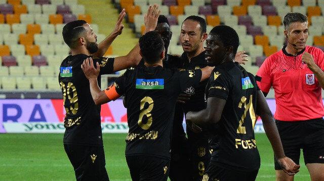 Yeni Malatyaspor - Göztepe: 2-1