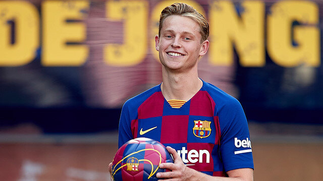 Barcelonalı futbolcu De Jong sakatlandı