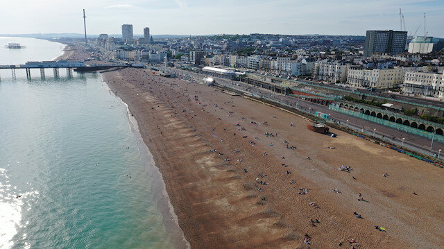 'Major incident' declared as Brits pack beaches