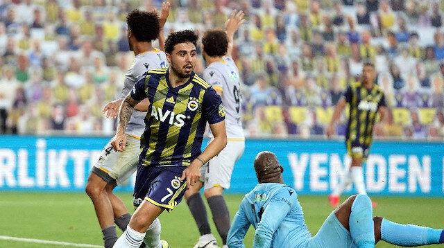 Ozan Tufan attığı 2 golle maçın yıldızı oldu ve takımına 3 puanı getirdi.