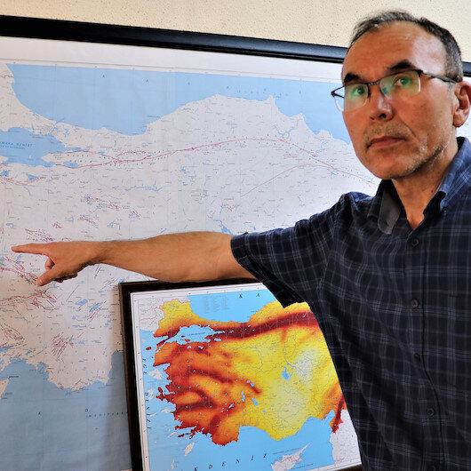 Doç. Dr. Bülent Özmen'den deprem uyarısı: Bunlar saatli bomba gibi