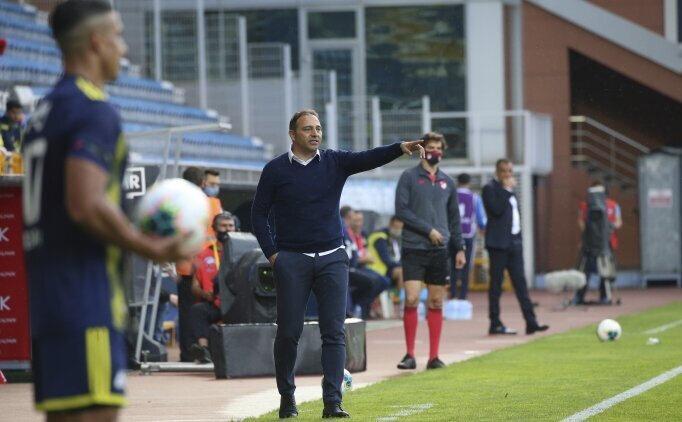 Fuat Çapa yönetimindeki Kasımpaşa, Fenerbahçe'yi 2-0 mağlup etti.