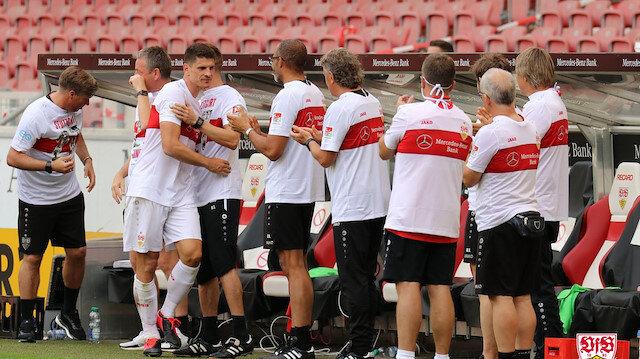 Stuttgart Bundesliga'ya çıktı: Mario Gomez futbolu bıraktı