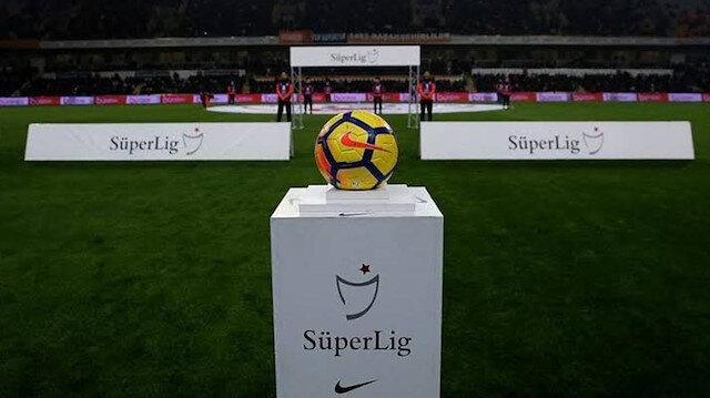 Süper Lig'de 29. haftanın sonunda Başakşehir zirvede yer alıyor.