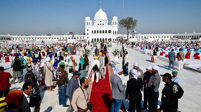 Pakistan opens border crossing for Indian Sikh pilgrims