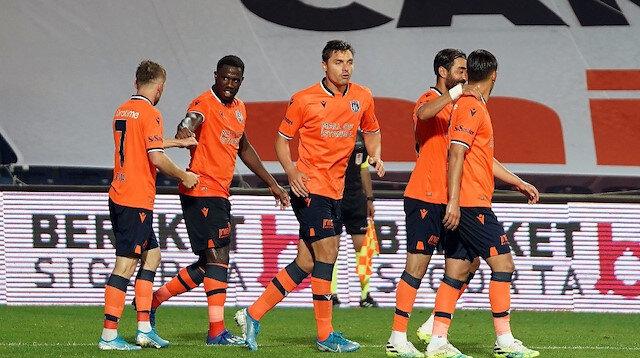 Başakşehirli futbolcuların Galatasaray maçındaki gol sevinci