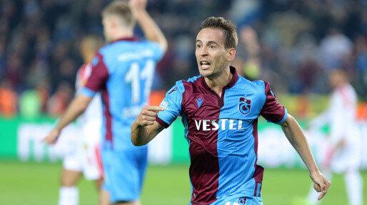 Pereira, bu sezon Süper Lig'de çıktığı 25 maçta 1 gol atarken, 5 de asist yaptı.