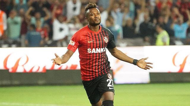 Süper Lig ekibinde büyük şok: Yıldız futbolcu şehri terk etti