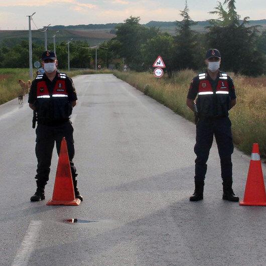 """Tunceli'de Burmageçit köyü karantinaya alındı: Vali Özkan'dan """"Tehlike geçmiş değil"""" uyarısı"""