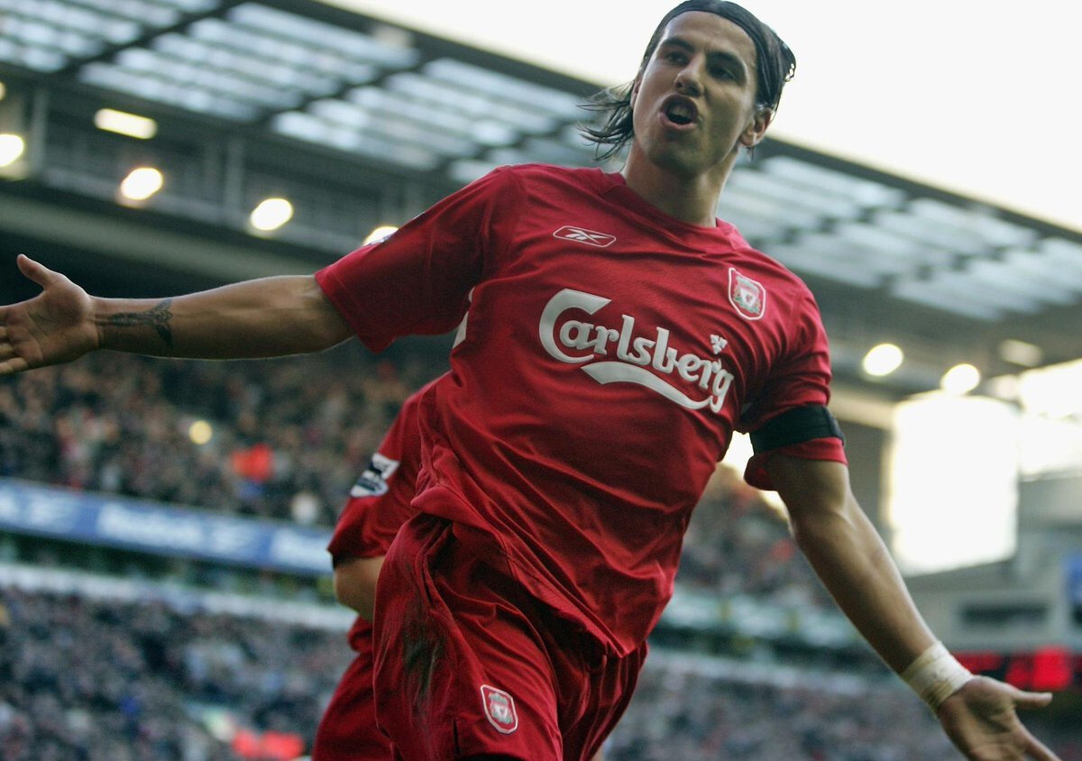 Liverpool kariyerinde çıktığı 108 maçta 27 gol attı.