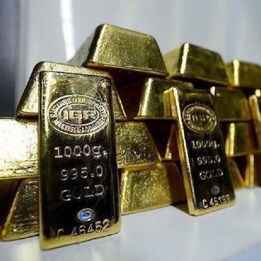 الذهب يقترب من 1800 دولار مع ازدياد إصابات كورونا