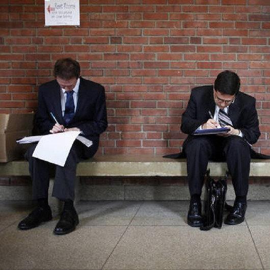 تراجع نمو طلبات الإعانة الأمريكية إلى 1.3 مليون في أسبوع