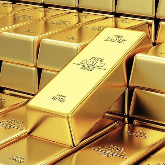 الذهب يقاوم للحفاظ على مستوى فوق 1800 دولار