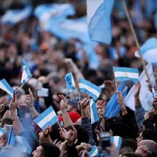 في عيد استقلالها..احتجاجات بالأرجنتين مناهضة للحكومة